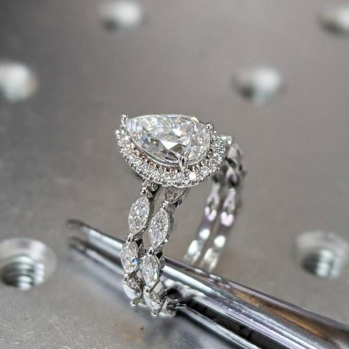Anniversary Yellow Gold Finish 1.8 Ct Green Diamond Halo Vintage Engagement Ring