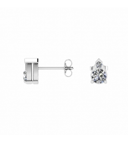 18k White Gold Teardrop Shaped Diamond Stud Earrings
