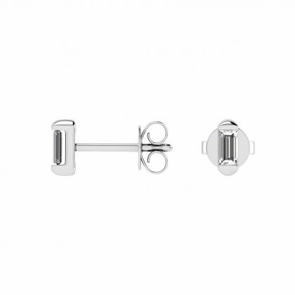 14k White Gold Baguette Diamond Stud Earrings (1/4 CT. TW.)