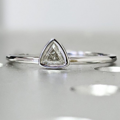 Baguette Engagement Ring / Art Deco Engagement Ring / Baguette Moissanite Diamond Ring / Art Deco Baguette Ring / Art Deco Diamond Ring