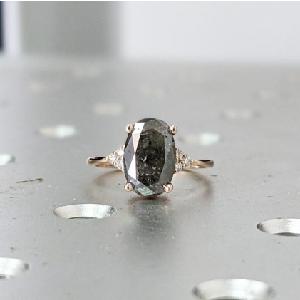 Unique Kite Diamond Vintage Celtic Engagement Ring Bridal Set, Salt And Pepper Diamond Kite Shaped Set, Twisted Engagement Ring Bridal Set